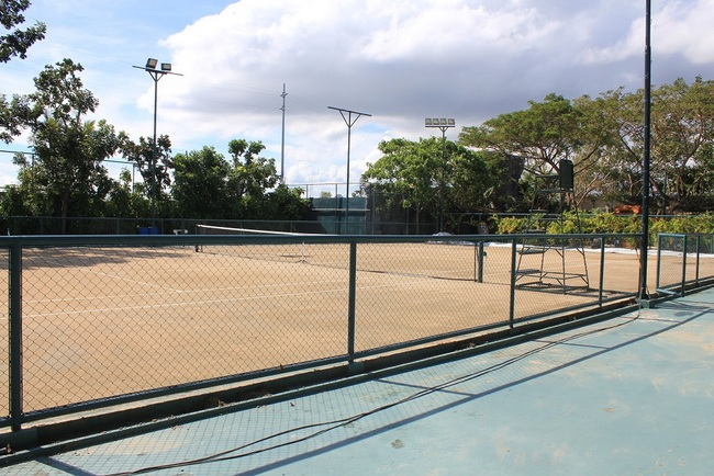 PLANTATION BAY TENNIS COURT