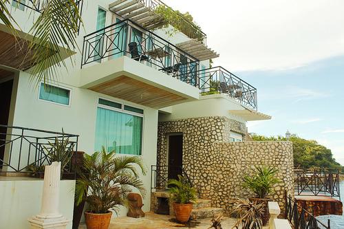 Huna-Huna-Cliff-Resort-4