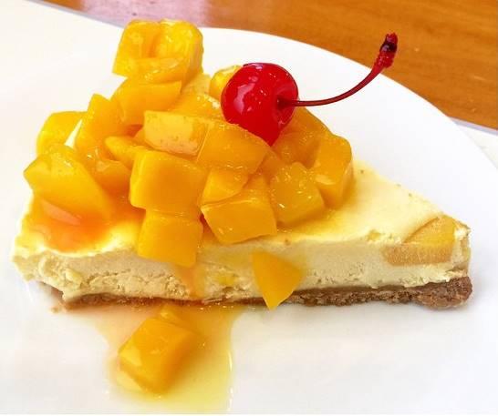gold-mango-cheese-cake