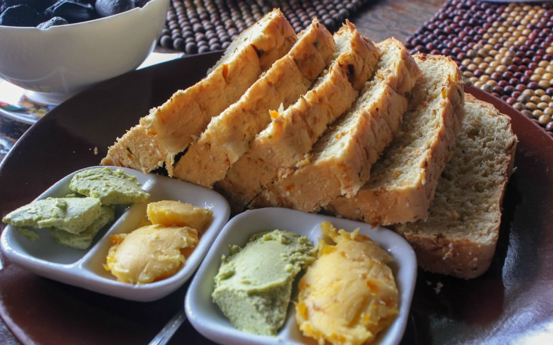bohol-bee-farm-bread2