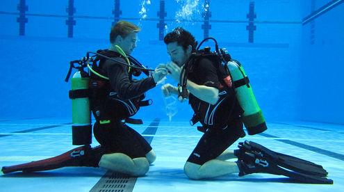 yu-diving-at-the-manchester-aquatics-centre-2_4